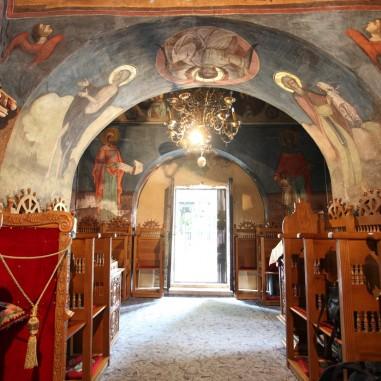 Biserica Nașterea Maicii Domnului - interior